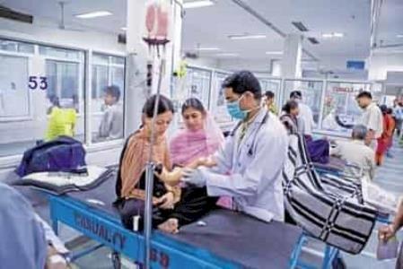 एनएमसी बिल: आज हड़ताल पर रहेंगे देश के 3 लाख डॉक्टर, बंद रहेगी ओपीडी