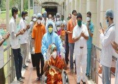 भारत में कोरोना की मारक क्षमता घटी, 90% मरीज सिर्फ हल्के लक्षण वाले