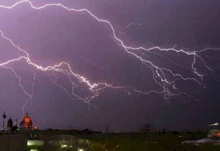 बिहार में आकाशीय बिजली ने मचाया कोहराम, अब तक 87 लोगों की हुई मौत